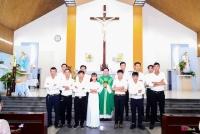 Giáo Xứ Tin Mừng Đón Nhận 12 Tân Tòng